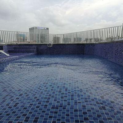 广州锋飞健身会所户外恒温泳池